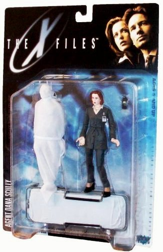 Agent Dana Scully (Gray suit & corpse) UPC-787926161021