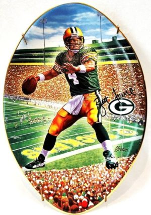 "Brett Favre Collector Plate (""Leader Of The Pack"")-0 - Copy"