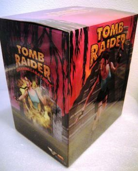 TOMB RAIDER (LARA CROFT-Preview Exclusive) - Copy