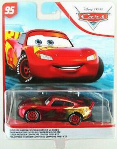 Rust-Eze Racing Center Lightning McQueen (7)