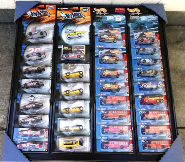 Set #4 Deluxe Nascar & Hotwheels Racing-32pcs-0