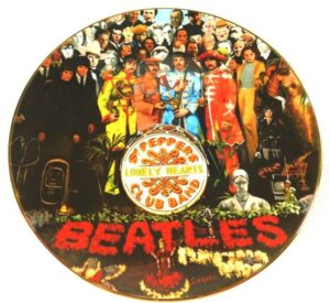 """The Beatles Sgt. Pepper Collector Plate (""""25th Anniversary"""") Delphi Limited Edition Vintage Series """"Rare-Vintage"""" (1992)"""