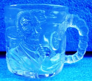 DC Comics (Two-Face Crystal Glass Mug) Batman Forever Movie Classic 1995 Collection (1)