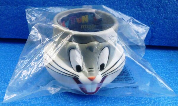 Warner Brothers (Bugs Bunny) Looney Tunes Plastic Figural Mug 1994 Collection (2)