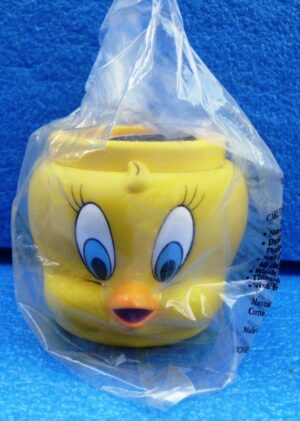 Warner Brothers (Tweety Bird) Looney Tunes Plastic Figural Mug 1994 Collection (1)