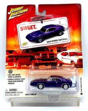 """Johnny Lightning Authentic Replicas """"Vintage HEMI! License Plate Series Collection"""" 1:64 Scale Die-Cast """"Rare-Vintage"""" (2004-2006)"""