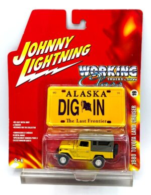 """Johnny Lightning Authentic Replicas """"Vintage Working Class Trucks & SUVs Series Collection"""" 1:64 Scale Die-Cast Vehicles """"Rare-Vintage"""" (2006-2008)"""