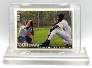 1995 Collector's Choice Michael Jordan (Silver Script Signature Rookie Card #500) (1)