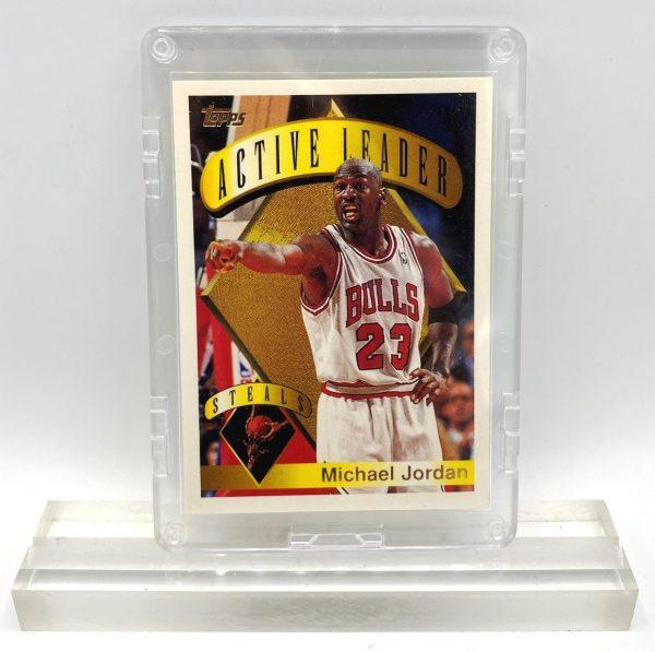 1995 Topps! Michael Jordan Gold Script Print (NBA Steals-Active Leader Card #4) (1)
