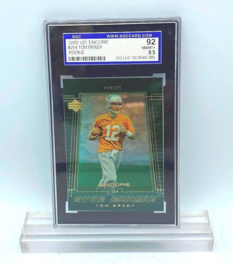 2000 UD Encore Tom Brady (ROOKIE CARD) #254 (05446385) 92 Mint 8.5 (1)